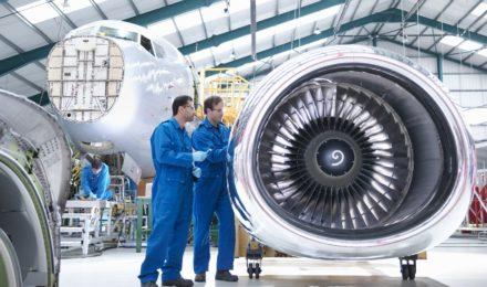 aéronautique et défense aircraft maintenance