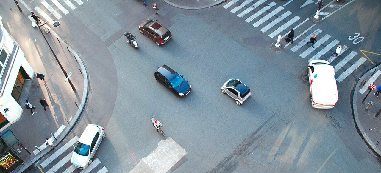 tm-car-light-truck-oems-city-crossing-road